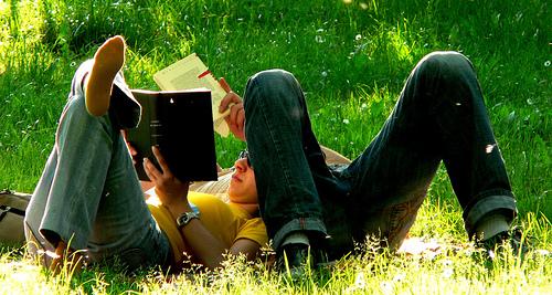 ReadingCouple